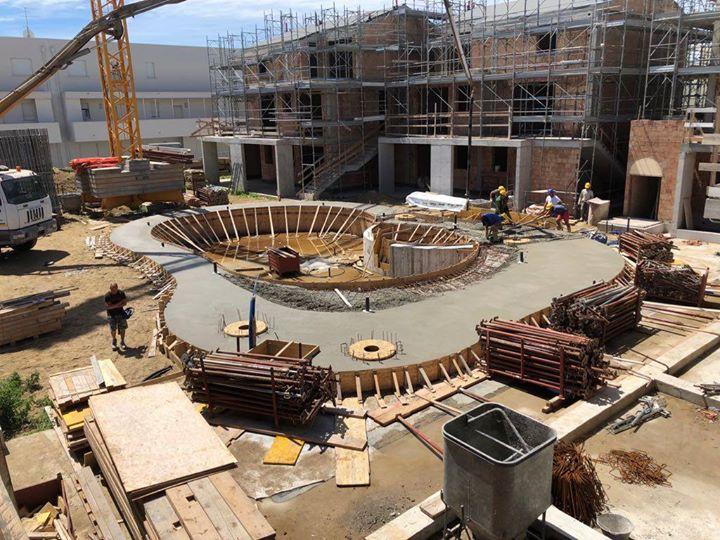 Nuovo intervento residenziale-turistico a Lido di Jesolo. Conclusa la piscina al grezzo, opere di…