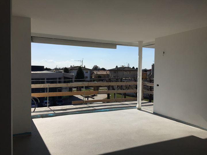 Vista da un attico di nostra progettazione, con una splendida finestra ad angolo